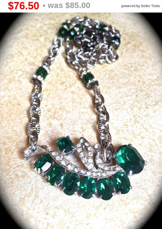 Summer Sale Green rhinestone necklace- Handmade Jewelry-Vintage Rhinestone Necklace- Emerald Green Necklace- Green Rhinestone- Art Deco N...