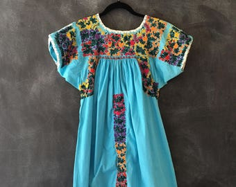 70s 60s Mexican Oaxacan Embroidered Turquoise Kaftan Muumuu Maxi Dress Boho Hippie Bohemian Ladies Size S/M