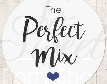 Perfect Mix Wedding Labels, Wedding Favor Stickers, Treat Bag Sticker, Sweet and Salty, Favorite Stickers, Snack Stickers - Set of 24