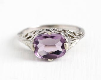 Vintage 18k White Gold Filigree Amethyst Gem Ring - Antique 1920s Size 6 1/2 Art Deco Light Purple Gemstone February Birthstone Fine Jewelry