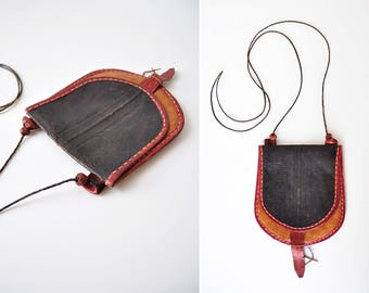 Small Leather Purse • 70s Purse • Tribal Purse • Leather Crossbody Bag • Small Leather Pouch • Small Leather Crossbody | B835