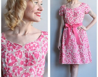 25% Off Sale // 1960s Dress // Sweetheart Dance Dress // vintage 60s dress