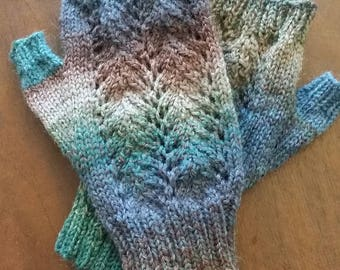 Striped Knit Fingerless Mittens 2