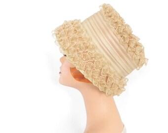 Womans 1960s hat, vintage bucket hat, beige