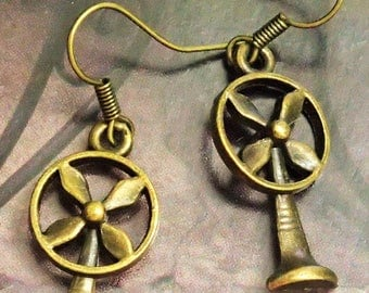 Elegant Antique Bronze Fan Earring