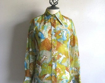 50OFF Event Vintage 1970s Green Blouse Abstract Blue Sheer 70s Lady Manhattan Horse Print Blouse 8