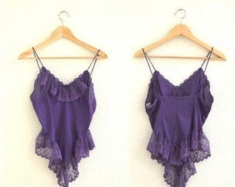 SALE Vintage Camisole Lace Lingerie Moulin Rouge Costume// Vintage Lace Cami Tank in Purple// Vintage Lace Lingerie with Ruffles Burlesque