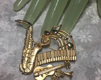 """Vintage 2 1/2"""" Goldtone Musical Music Instrument Themed Pin"""