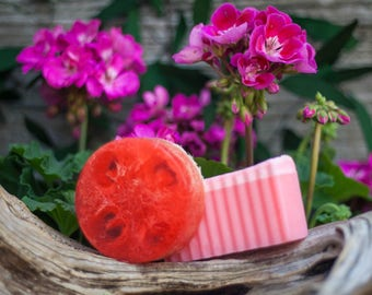 Cleopatra (Rose Lemon & Geranium)Natural Loofah Exfoliating Glycerin Soap