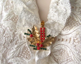 Vintage Christmas Brooch Candle Costume Jewelry Holiday Jewelry Gift For Mom 1990s