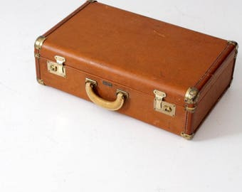 vintage Towncraft suitcase, mid-century luggage