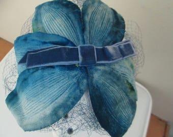Mid Century Blue Flower Fascinator Hat // Vintage 1950s 1960s Wedding Bride Bridesmaid