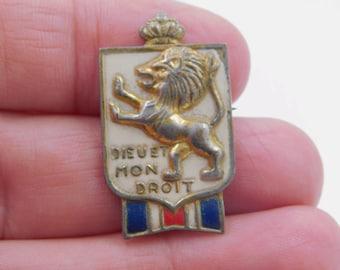 Vintage WWII B.W.R.S. Bundles For Britain Dieu Et Mon Droit Pin by Accessocraft - DR59
