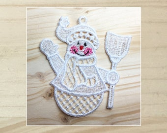 Cuddly Snowmen 8 Machine Embroidered Lace Ornament