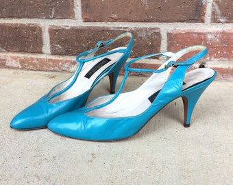vtg 80s TURQUOISE T-Strap SPIKE HEELS 7 indie hipster retro pumps boho bright teal shoes
