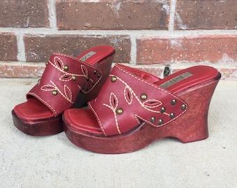vtg 90s does 70s STUDDED burgundy WOOD WEDGES 6 sandals heels Mia cutout leather festival boho hippie grunge slings platform shoes raspberry