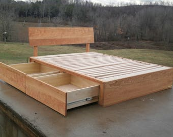 NdFsS05 Solid Hardwood Low Platform Bed with 4 overlap drawers and Slanted Head Board, natural color