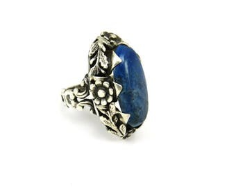 Lapis Lazuli Ring, Arts and Crafts, Sterling Silver Rings, Arts and Crafts Jewelry, Flower Ring, Blue Stones, 1920s Jewelry, Size 4.5