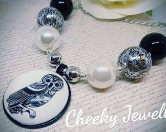 Ladies gorgeous owl necklace