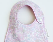 "Baby Bib / Liberty Fabric ""Betsy"" (Limited Color) / Organic Cotton Double Gauze / Cotton 100% / Baby Shower <2121>"