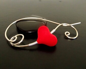 Red Heart Shawl Pin, Scarf Pin, Valentines Day Gift, Brooch, Silver pin, Wire Wrapped brooch, Artisan Jewelry, wire jewelry