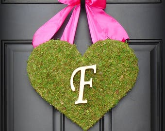 Valentines Day Wreath.  Heart Wreath.  Valentine Wreath.  Moss Heart with Burlap Bow.  Three Bow Choices and All Letters Available.