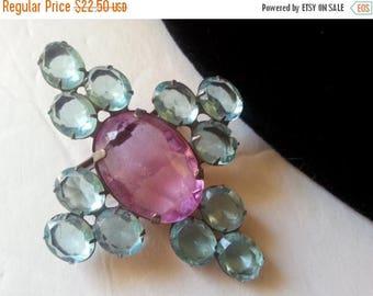 On Sale Vintage Pink Blue Rhinestone Brooch Pin, 1950s 1960s Mid Century Mad Men Mod Hollywood Regency Vintage Costume Jewelry