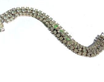 Weiss Rhinestone Tennis Bracelet Vintage Bridal Fashion Glam Jewelry
