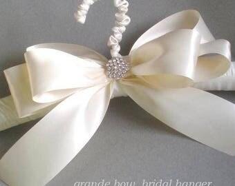 Grande Lace Satin Bridal Hanger. Padded Satin Hanger. Chic  Bridal Shower GIFT Satin Jeweled Bow. Elegant Vogue Brid