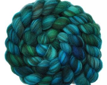 Hand painted roving - Shetland Humbug wool spinning fiber - 3.9 ounces - Quiet Voyage 1