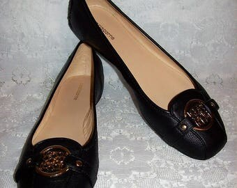 Vintage Ladies Black Flats Slip Ons Loafers by Liz Claiborne Size 8 Only 10 USD