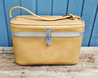 Vintage Yellow Train Case with Keys - Travel Case - Feather Lite Luggage - Suitcase
