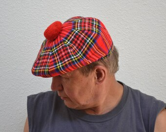 Vintage Murray Brothers Hawick Scotland Woollen Mills golf tartan beret red blue yellow tam Scottish Balmoral top ball hat Great Britain cap