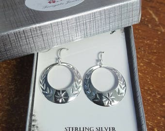 Sterling Silver Vintage Style Floral Design Diamond Cut Circle Dangle Earrings