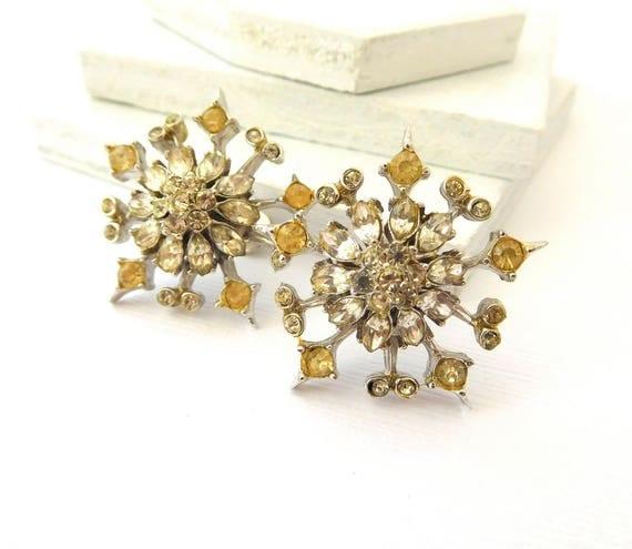 Vintage Coro Silver Clear Champagne Rhinestone Snowflake Screw Earrings CC43