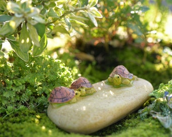 3 tortoise on a rock Terrarium Garden Miniature doll house miniature cake topper