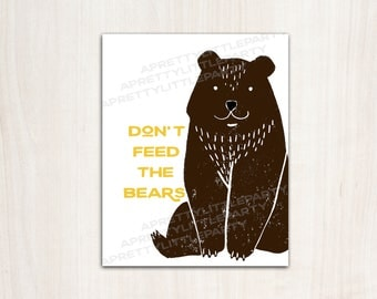 """Camping Party Bear Poster - """"Don't Feed the Bears"""" Party Sign - Printable Supplies"""