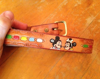 vintage Mickey Minnie Mouse /Donald Duck / Goofy colorful illustrated tooled leather child's belt