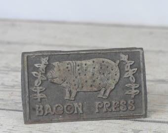 Vintage Bacon Press Meat Press Metal Cast Iron Wood Handle Decorative Taiwan Pig
