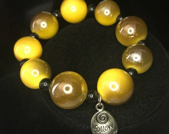 Beaded bracelet/bumble bee/ follow your heart
