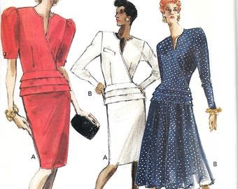 Vogue 7411 Misses/Miss Petite Easy Peplum Wrap Top And Skirt pattern, Size 6-8-10, UNCUT