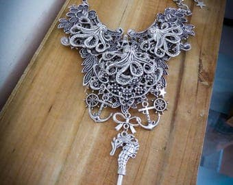 Silver steampunk octopus Octopus seahorse ♰Le Kraken♰ anchor bib necklace