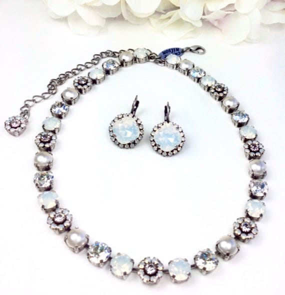 "Swarovski Crystal 8.5mm Necklace -  One Of A Kind  "" Bridal Bouquet "" - Feminine Flowers - FREE SHIPPING"