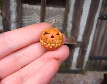 hollow carved halloween pumpkin -  12th scale