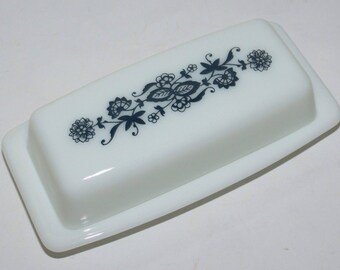Vintage Glass Pyrex Old Town Blue onion Milk Glass Butter Dish With Lid
