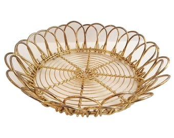 Vintage Gold Wire Mid Century Multi Use Trivet / Plant Stand / Wire Scallop Sides