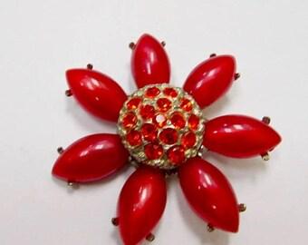 On Sale Vintage Moonbeam Lucite and Rhinestone Flower Pin Item K # 2790