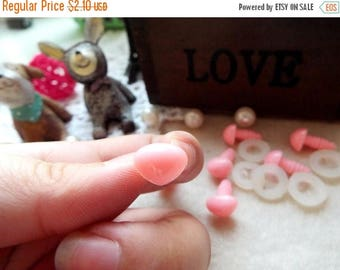 On Sale 9mm Triangle Safety nose Colored Doll nose Toy nose Doll Parts Animal nose Plush nose Teddy Bears nose Plastic nose - pink - 10 pcs