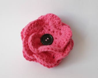 Pink cotton crocheted flower brooch