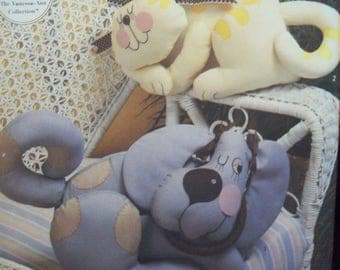 Stuffed Animals 1980s Simplicity Crafts Pattern 7252 Stuffed Cat or Dog Uncut Pattern
